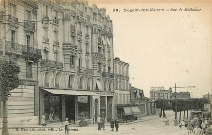 """CPA FRANCE 94 """"Nogent sur Marne, rue de Mulhouse"""""""