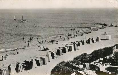 """CPSM FRANCE 85 """"La Tranche sur Mer, la plage"""""""