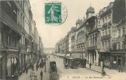 "/ CPA FRANCE 59 ""Lille, la rue Nationale"" / TRAMWAY"