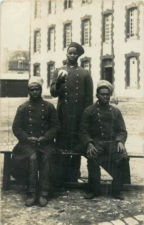 CARTE PHOTO MILITAIRE / 1ere GUERRE / SENEGALAIS
