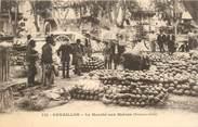 """84 Vaucluse CPA FRANCE 84 """"Cavaillon, le marché aux melons"""""""