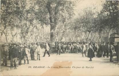 """CPA FRANCE 84 """"Orange, le Cours Pourtoules, un jour de Marché"""""""