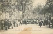 """84 Vaucluse CPA FRANCE 84 """"Orange, le Cours Pourtoules, un jour de Marché"""""""