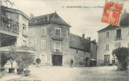 "CPA FRANCE 38 ""Morestel, La Place"""
