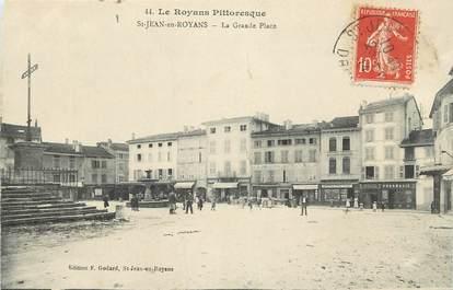 """CPA FRANCE 26 """"Saint Jean en Royans, La Grande Place"""""""