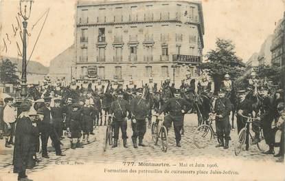 """CPA FRANCE 75018 """"Paris, 1906, Montmartre, Formation des patrouilles de cuirassiers, Place Jules Joffrin"""""""