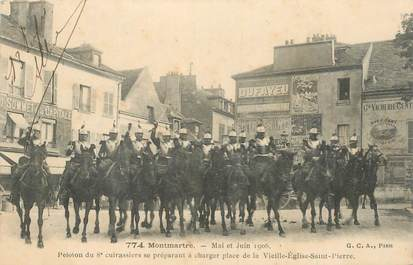 """CPA FRANCE 75018 """"Paris, 1906, Montmartre, Peloton du 8e cuirassiers"""""""