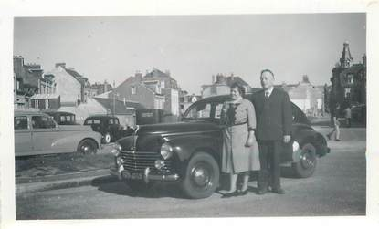 "PHOTO FRANCE 76 ""Etretat, 1951"" / AUTOMOBILE"
