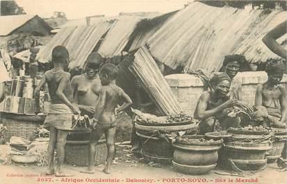 """CPA AFRIQUE / DAHOMEY """"Sur le marché"""" / NU"""