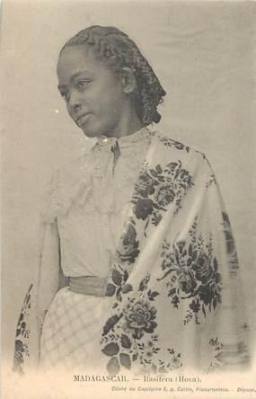 "CPA MADAGASCAR ""Femme Rasitera"""