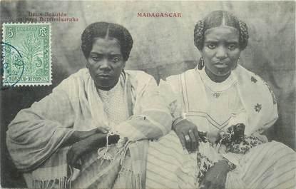 "CPA MADAGASCAR ""Femmes Betsimisaraka"""