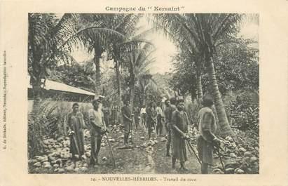 """CPA NOUVELLES HEBRIDES / VANUATU """"Travail du Coco"""""""