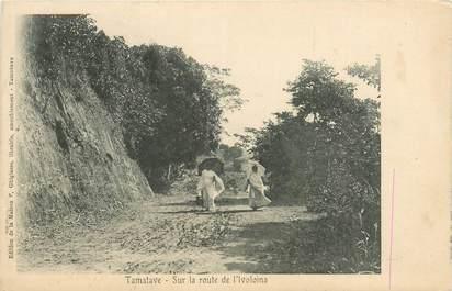 "CPA MADAGASCAR ""Tamatave, sur la route de l'Ivoloina"""
