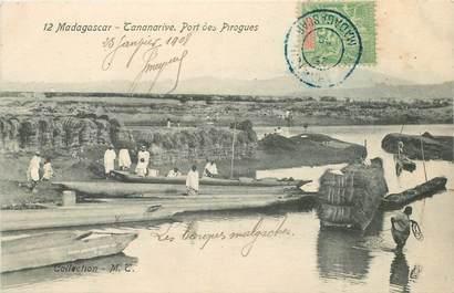 "CPA MADAGASCAR ""Tananarive, port des pirogues"""