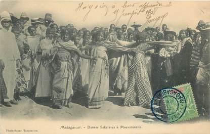 """CPA MADAGASCAR """"Danses Sakalaves à Maevatanana"""""""
