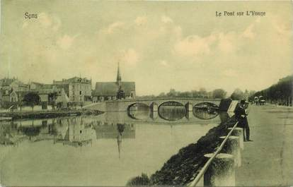 """CPA FRANCE 89 """"Sens, le pont sur l'Yonne"""""""