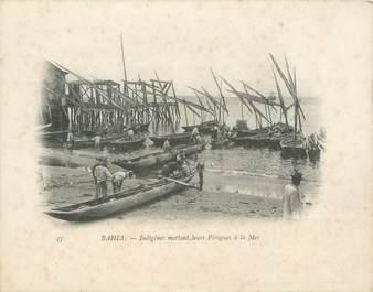 "CPA BRESIL ""Bahia, Indigènes mettant leurs pirogues à la mer"""