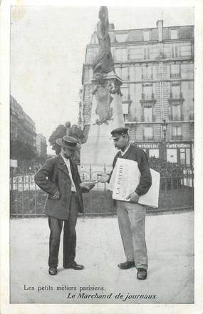 """CPA FRANCE 75 """"Paris"""" / Série les Petits Métiers parisiens / Le Marchand de Journaux"""