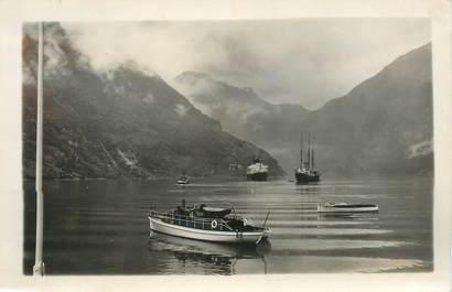 """CARTE PHOTO / PHOTOGRAPHIE ORIGINALE EXPEDITION POLAIRE (Le Colomb, navire norvégien, croisière de médecins français"""""""