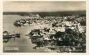 """Guadeloupe CPA GUADELOUPE """"Pointe à Pitre, vue aérienne de la ville et de l'Usine Darboussier"""""""