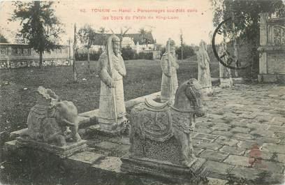 """CPA VIETNAM / INDOCHINE """"Tonkin, Hanoï, Personnages sculptés dans les cours du Palais du King Luoc"""""""