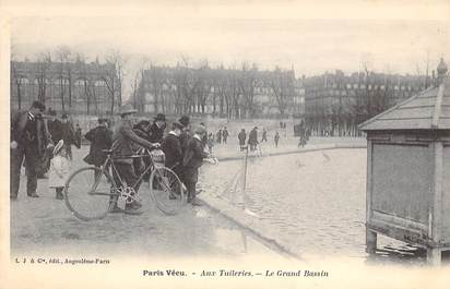 "CPA FRANCE PARIS / PARIS VECU ""Aux Tuileries, le Grand Bassin"""