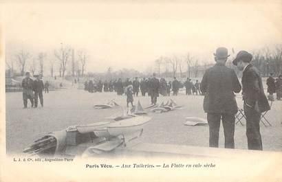 """CPA FRANCE PARIS / PARIS VECU """"Aux Tuileries, la Flotte en cale sèche"""""""