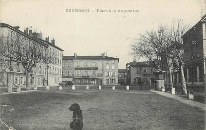 """/ CPA FRANCE 38 """"Bourgoin, place des Augustins"""""""