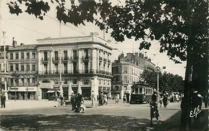 "/ CPSM FRANCE 31 ""Toulouse, Carrefour Jean Jaurès"" / TRAMWAY"
