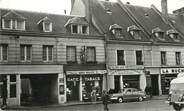 """27 Eure / CPSM FRANCE 27 """"Beaumont le Roger, rue Saint Nicolas"""""""