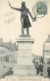 """02 Aisne / CPA FRANCE 02 """"Guise, statue de Camille Desmoulins"""""""
