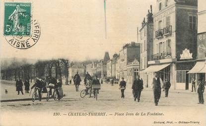 """/ CPA FRANCE 02 """"Château Thierry, place Jean de La Fontaine"""""""