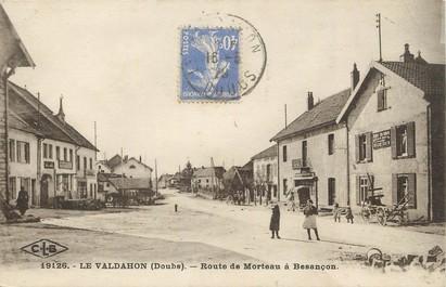 """/ CPA FRANCE 25 """"Le Valdahon, route de Morteau à Besançon"""""""