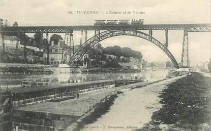 """CPA FRANCE 53 """"Mayenne, l'Ecluse et le viaduc"""" / TRAIN"""