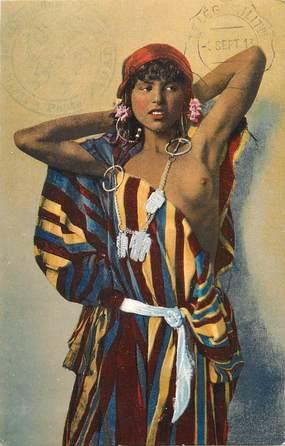 "CPA ALGERIE ""FEMME"" / SCENES ET TYPES / NU"