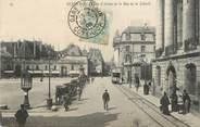"""21 Cote D'or / CPA FRANCE 21 """"Dijon, la place d'Armes et la rue de la liberté"""" / TRAMWAY"""