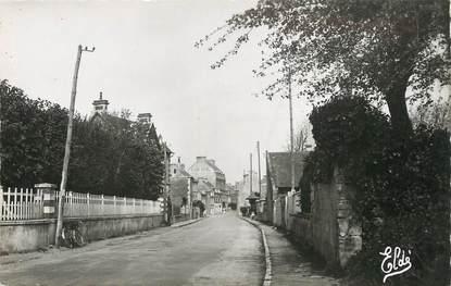 """/ CPSM FRANCE 14 """"Arromanches, route de Bayeux"""""""