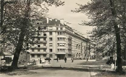 """/ CPSM FRANCE 14 """"Caen, avenue Madame de Sévigné"""""""