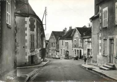 """/ CPSM FRANCE 89 """"Poilly sur Serein, place de l'école"""""""