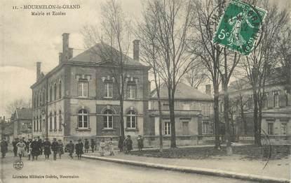 """/ CPA FRANCE 51 """"Mourmelon le Grand, mairie et écoles"""""""