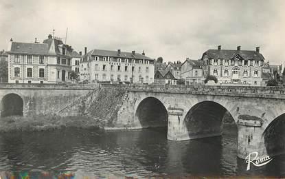 """/ CPSM FRANCE 53 """"Mayenne, la Mayenne et le grand hôtel"""""""