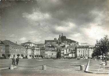 """/ CPSM FRANCE 43 """"Le Puy, place Michelet et rocher Corneille"""""""