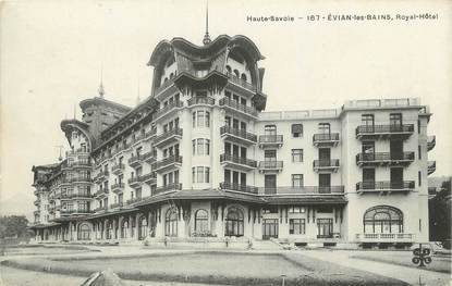 "/ CPA FRANCE 74 ""Evian les Bains, Royal Hôtel"""