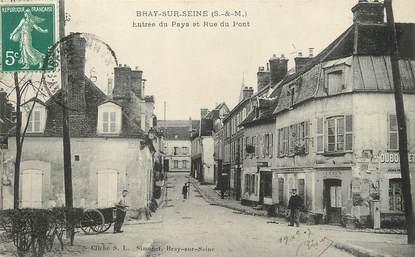 """/ CPA FRANCE 77 """"Bray sur Seine, entrée du pays et rue du pont"""""""