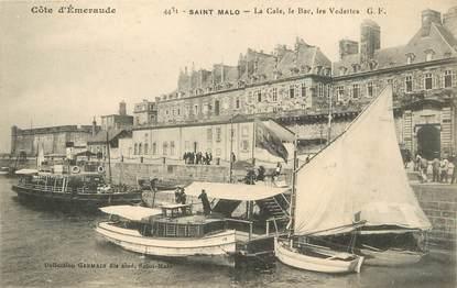 """/ CPA FRANCE 35 """"Saint Malo, la cale, le bac, les vedettes"""" / BATEAU"""