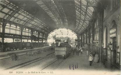 """CPA FRANCE 21 """"Dijon, la gare"""" / TRAIN"""