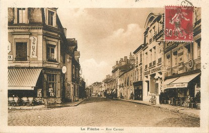 "/ CPA FRANCE 72 ""La Flèche, rue Carnot"""