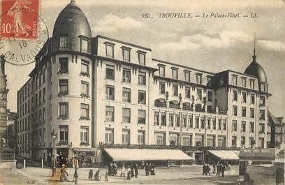 """CPA FRANCE 14 """"Trouville sur Mer, le Palace Hôtel"""""""