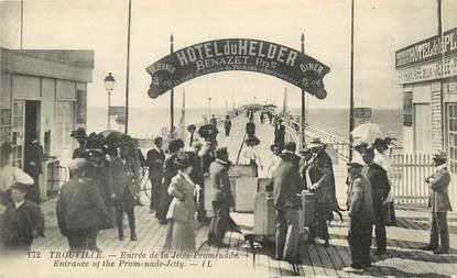 """CPA FRANCE 14 """"Trouville sur Mer, entrée de la Jetée"""""""