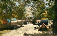 """37 Indre Et Loire / CPSM FRANCE 37 """"Vouvray les Vins, le camping"""""""